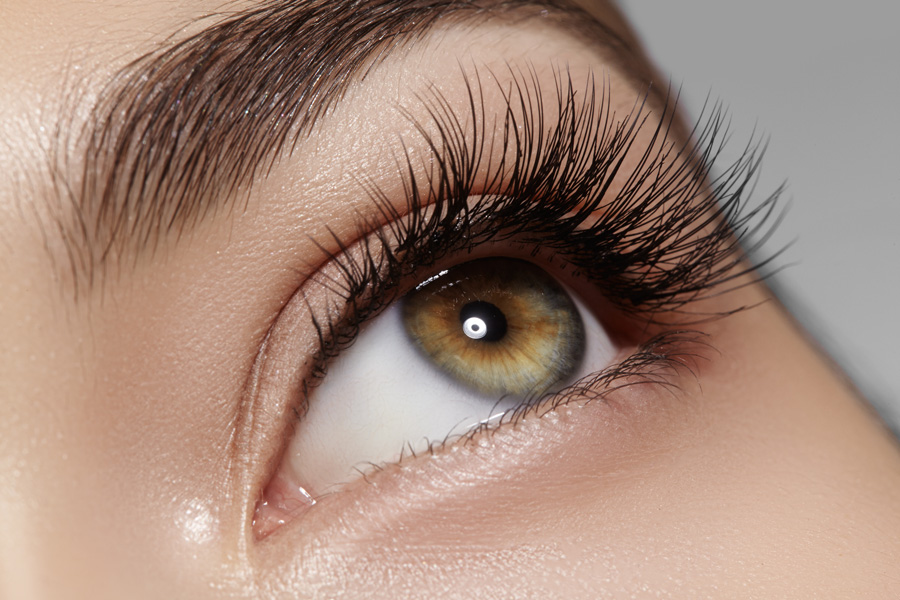 How To Use Castor Oil For Eyelashes | Healthankering.com