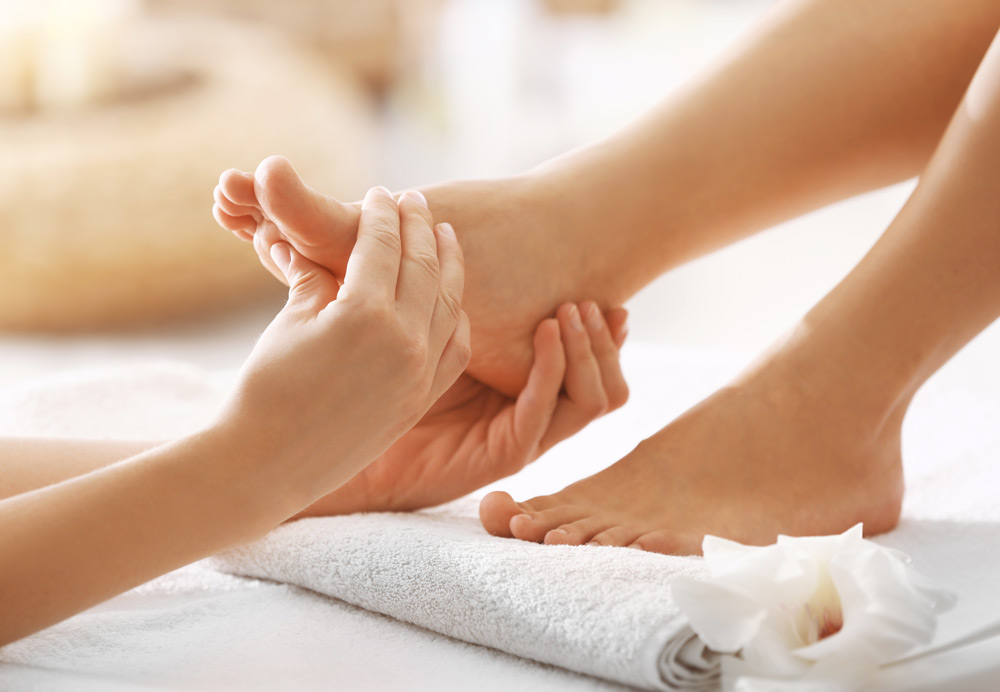 The Top 10 Health Benefits Of Foot Massage And Reflexology ...